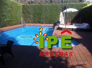 Tarima sintética en piscina