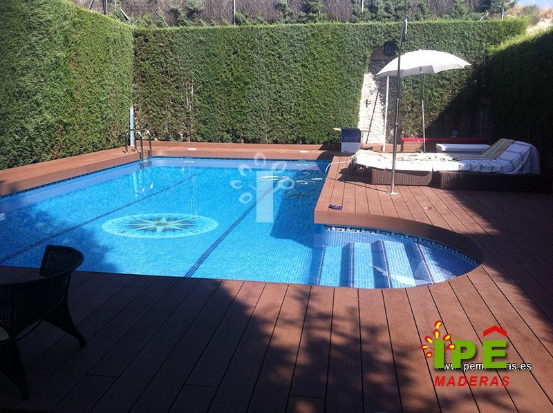 Decorar piscinas exteriores image de piscina jardines for Decorar piscina elevada