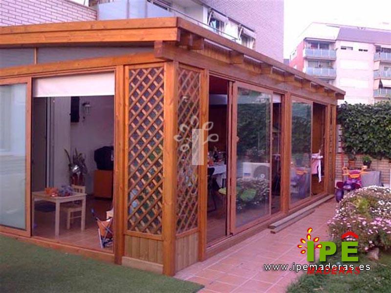 cenador cerrado en terraza - Cenadores De Madera