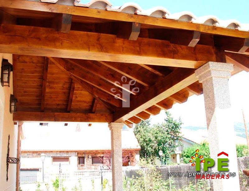 Si instalo un porche de madera de pino laminado lleva mucho mantemiento ipe maderas - Porches en madera ...