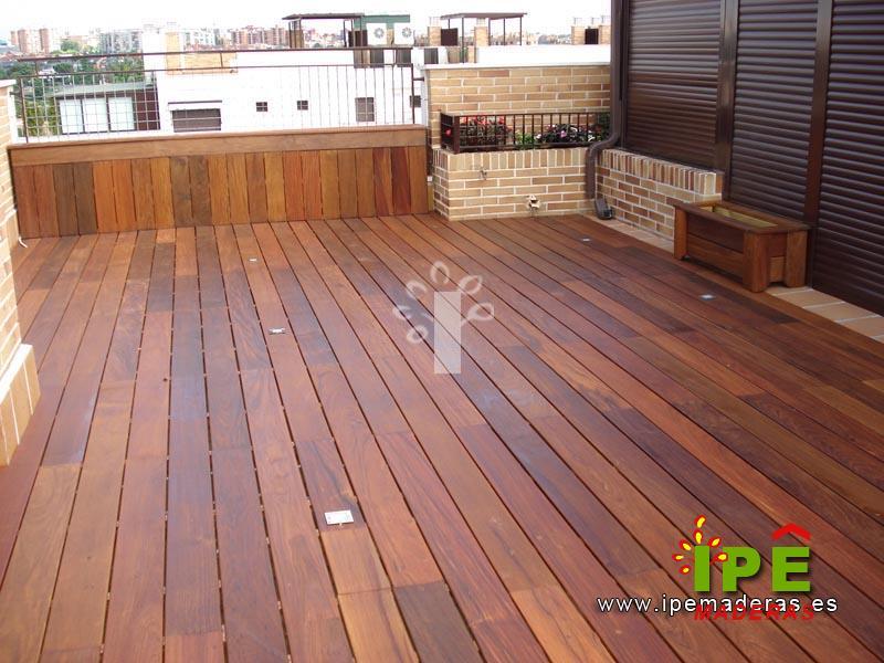 Decoracion mueble sofa tarimas para terrazas - Suelo terraza madera ...