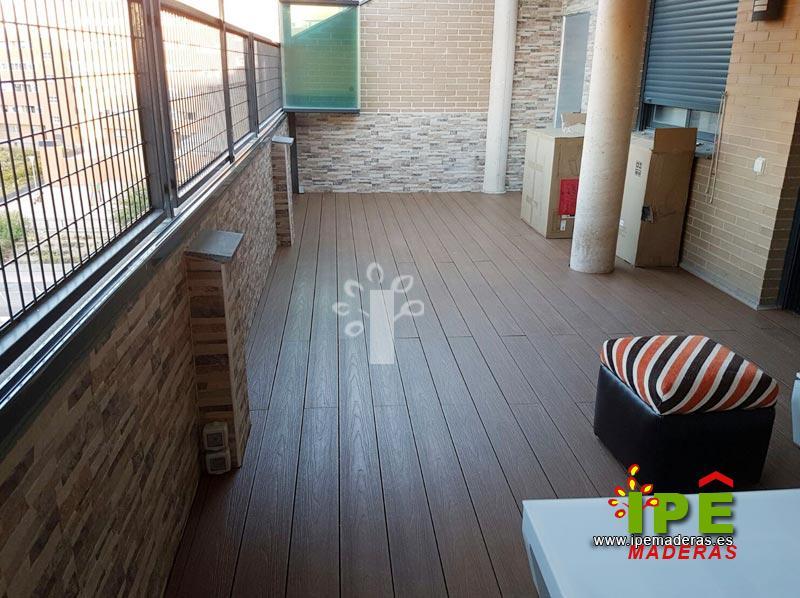 Suelos madera exterior baratos awesome suelo madera for Suelos exterior baratos