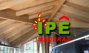 Porche de madera en Cataluña