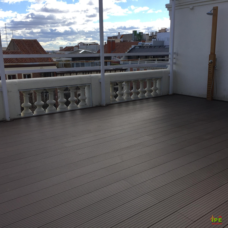 Tarima para terraza dise os arquitect nicos for Poner suelo terraza exterior