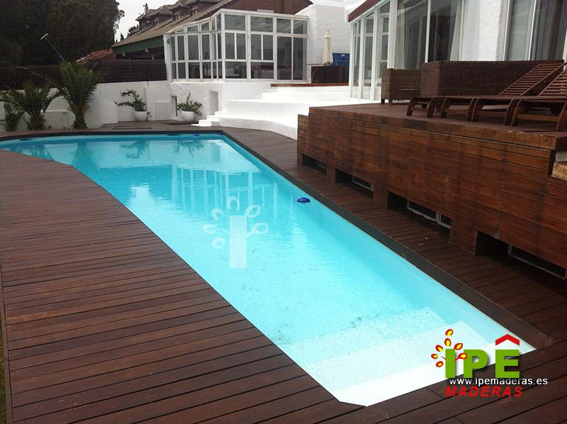 4 ejemplos de tarima de madera para piscinas ipe maderas - Piscinas de madera semienterradas ...